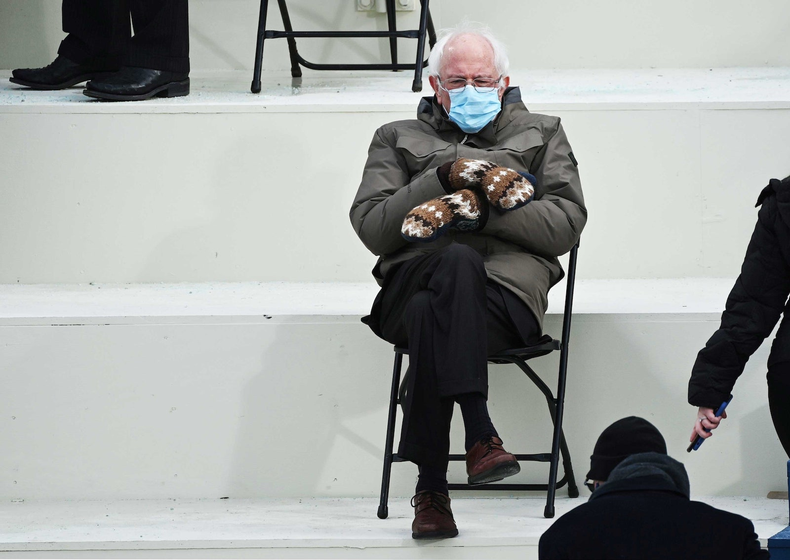 Bernie Sanders S Inauguration Look Was Made For Memes The Best Ones Film Daily
