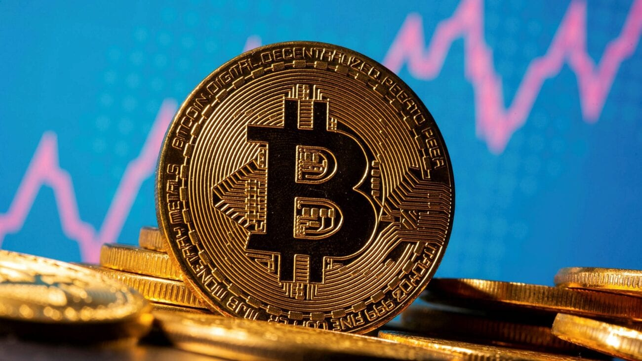 There are many things to consider before making an investment into Bitcoin. Take a look at some helpful tips before you decide to invest in Bitcoin.