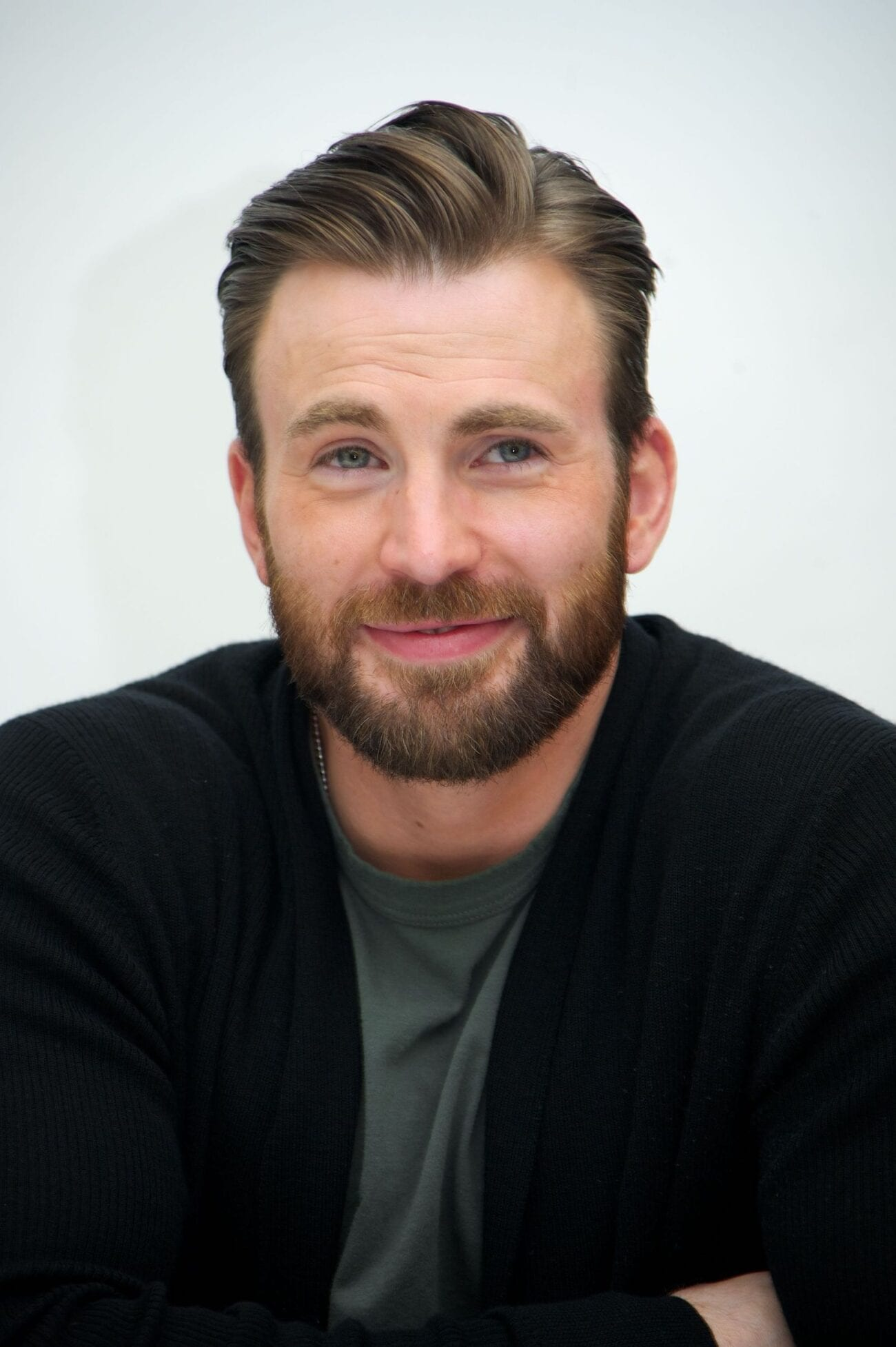 It looks like playing a beloved MCU superhero has a pretty good payday. Check out Chris Evans' net worth right here.