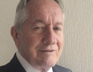Hace unas horas se confirmó la muerte del director José Ángel García, padre de Gael García Bernal. Entérate de los detalles en torno al trágico suceso.