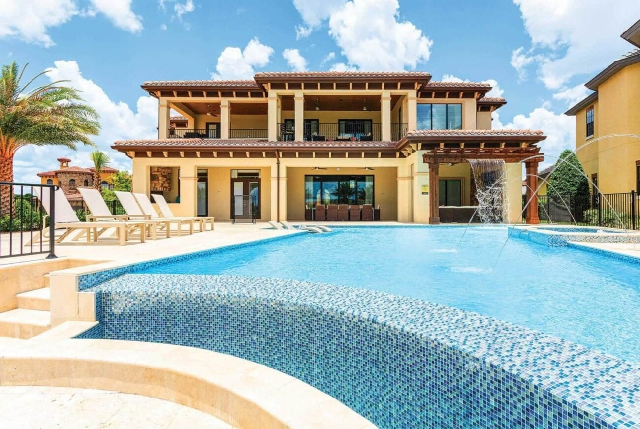 Are you the next Powerball winner? If so, which Florida mansion would you like? Take a look at the biggest mansions for only the biggest prices.
