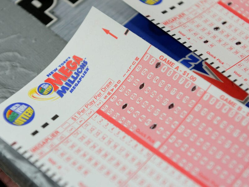 The Mega Millions jackpot is now up to $750 million. Take a look at some of the largest jackpots won in recent history and the odds of winning.