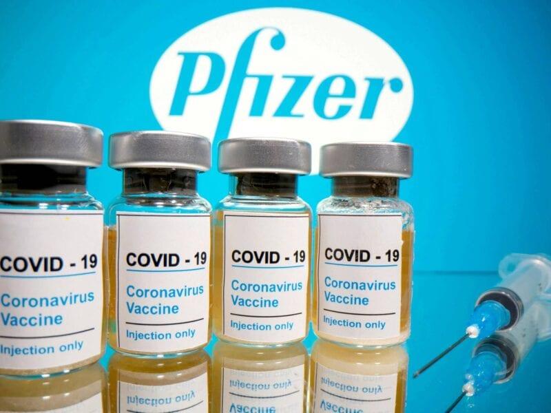 Menos vacunas de las esperadas. Entérate por qué Pfizer está retrasando la entrega de vacunas en nuestro país.