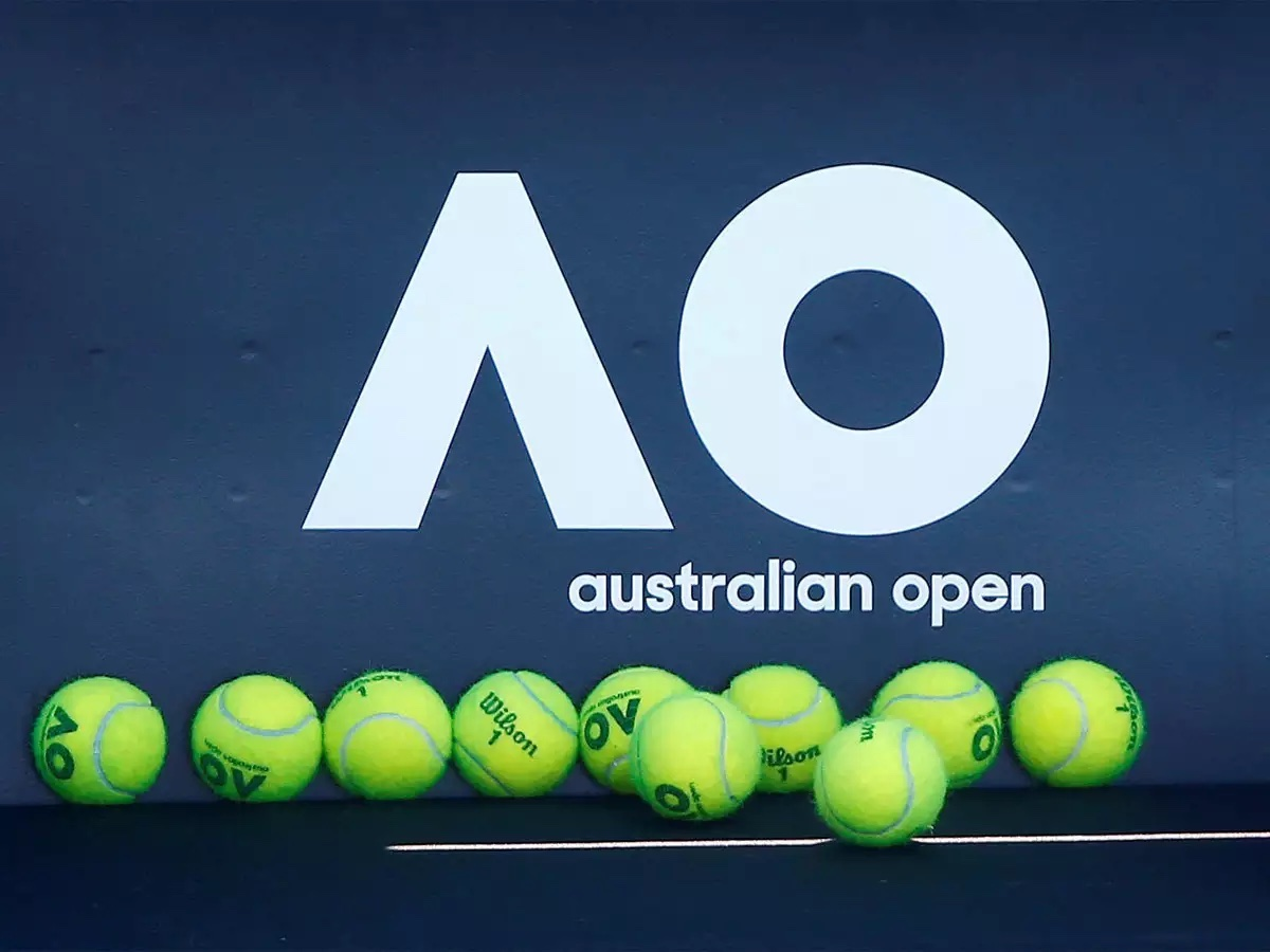 Care to check out some of the mixed double matches live from the Australian Open this weekend? Let's see who's on deck.