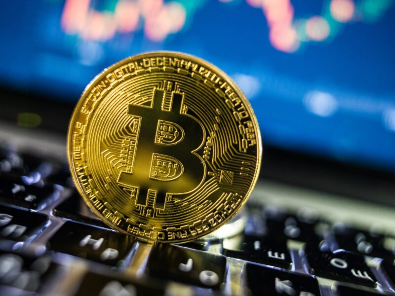 Bitcoin is a growing phenomenon. Learn how to evaluate Bitcoin cryptocurrency trading here.