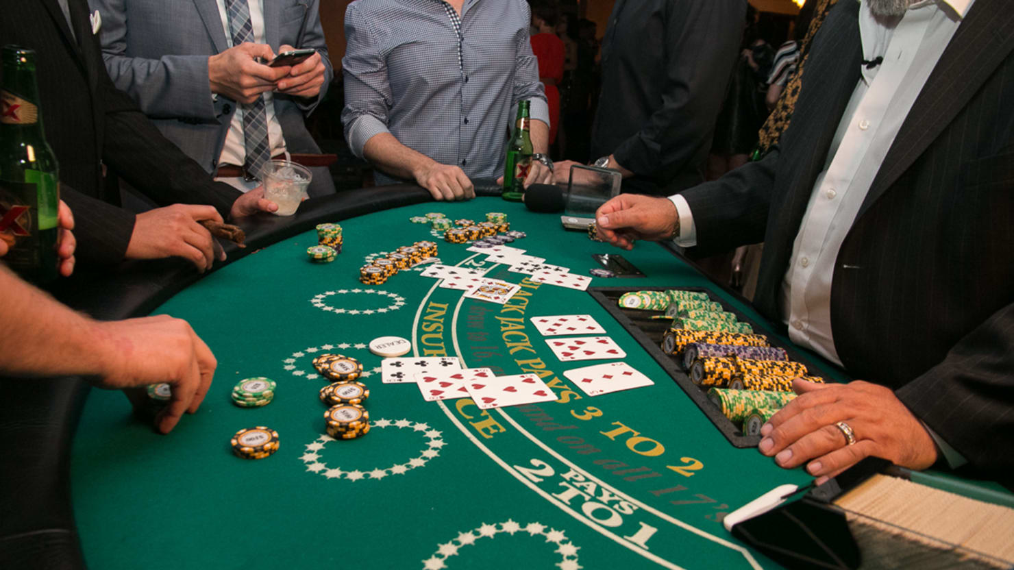 6 Great Tips Tricks To Play Live Blackjack With Dealers Film Daily