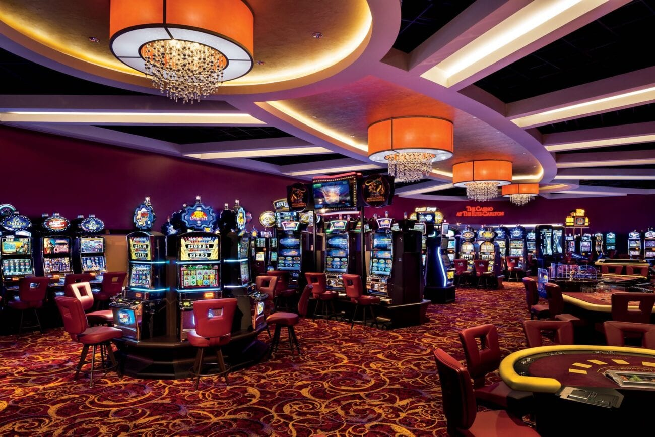 Many people have ideas about what happens at casinos. Take a look at some of the things you shouldn't believe about casinos.