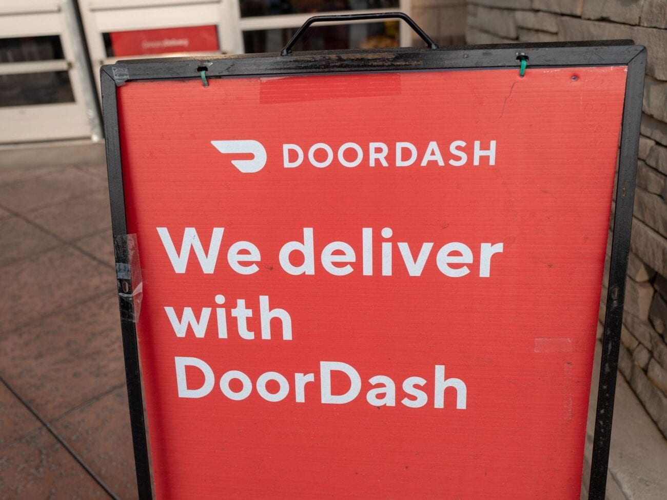 The Doordash kidnapping highlights how gig workers cannot afford the basic necessities. Learn why working for Doordash is the worst.