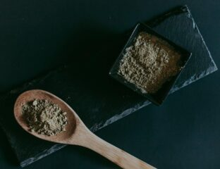 White Horn Kratom is a rare strain, but it has many benefits. Check out 6 tips on why you should search for and use this strain of Kratom.