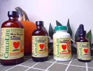 Liquid vitamins are a common way of getting one's daily vitamins. Take a look at the benefits of taking liquid vitamins instead of vitamin pills.