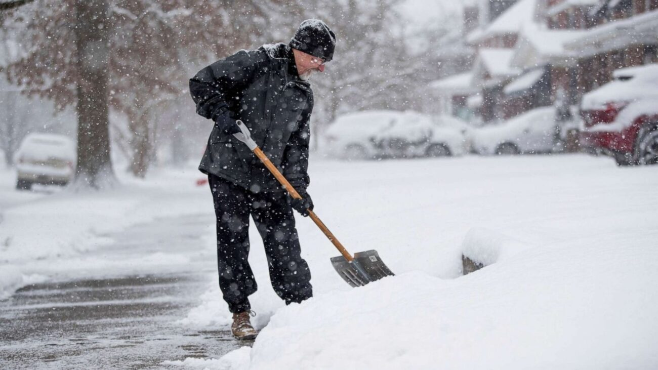 Did you see what happened in Texas? Looks like the snow caused more than just a mess in their backyard. Here's everything that went down in Texas.