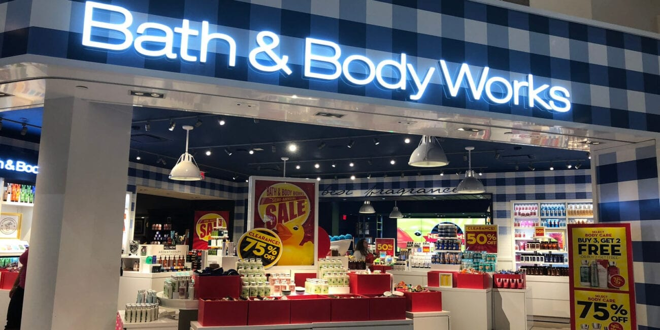It might be late for Candle Day, but the action heated up at a Bath and Body Works. Dive into the brawl that went viral in Arizona.