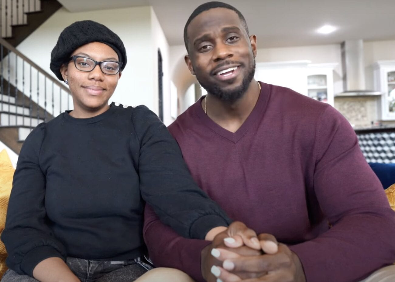 A relationship advisor who cheats on his wife: that's the tale of Derrick Jaxn. Grab some popcorn and enjoy Twitter's reactions to his apology video!