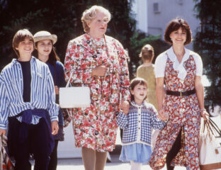 Did the cast of 'Mrs. Doubtfire' reveal there's an X-rated cut of the beloved 90s classic? See why Twitter's abuzz about this beloved movie again.