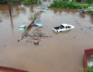 Torrential rains in the Pacific caused flooding and landslides in the usually balmy islands of Hawaii. Has climate change ruined paradise?