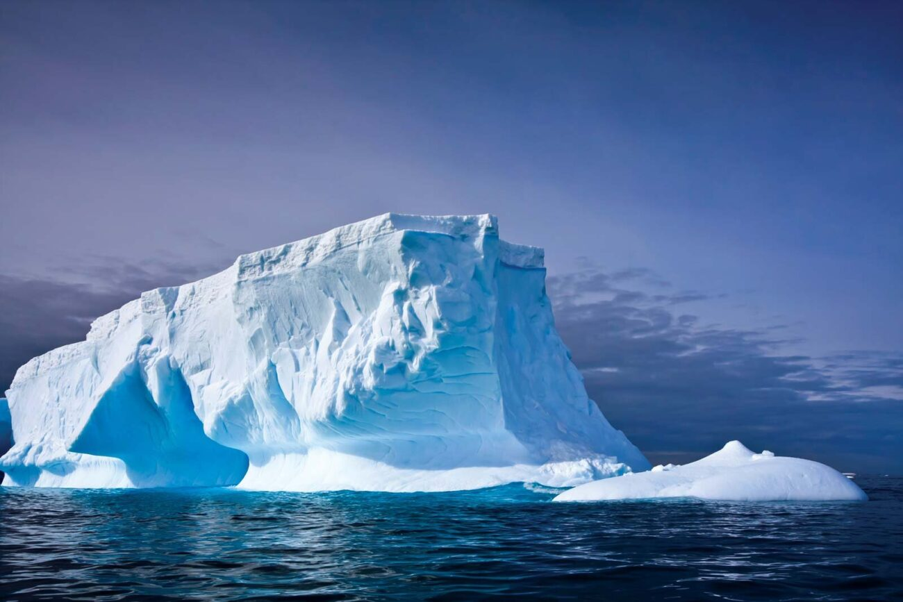 A colossal iceberg just snapped off of Antarctica, leaving a massive crack. Is the global warming effect to blame?
