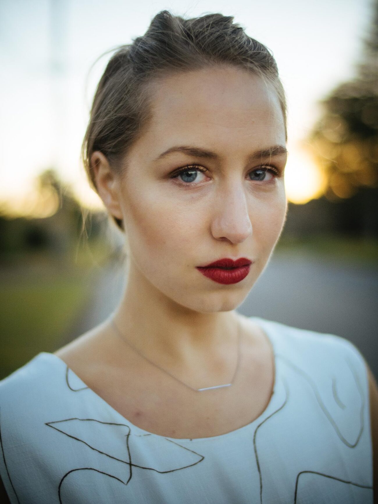 Izzy Stevens is a writer, director, and actress. Learn about her busy career and her new online school here.