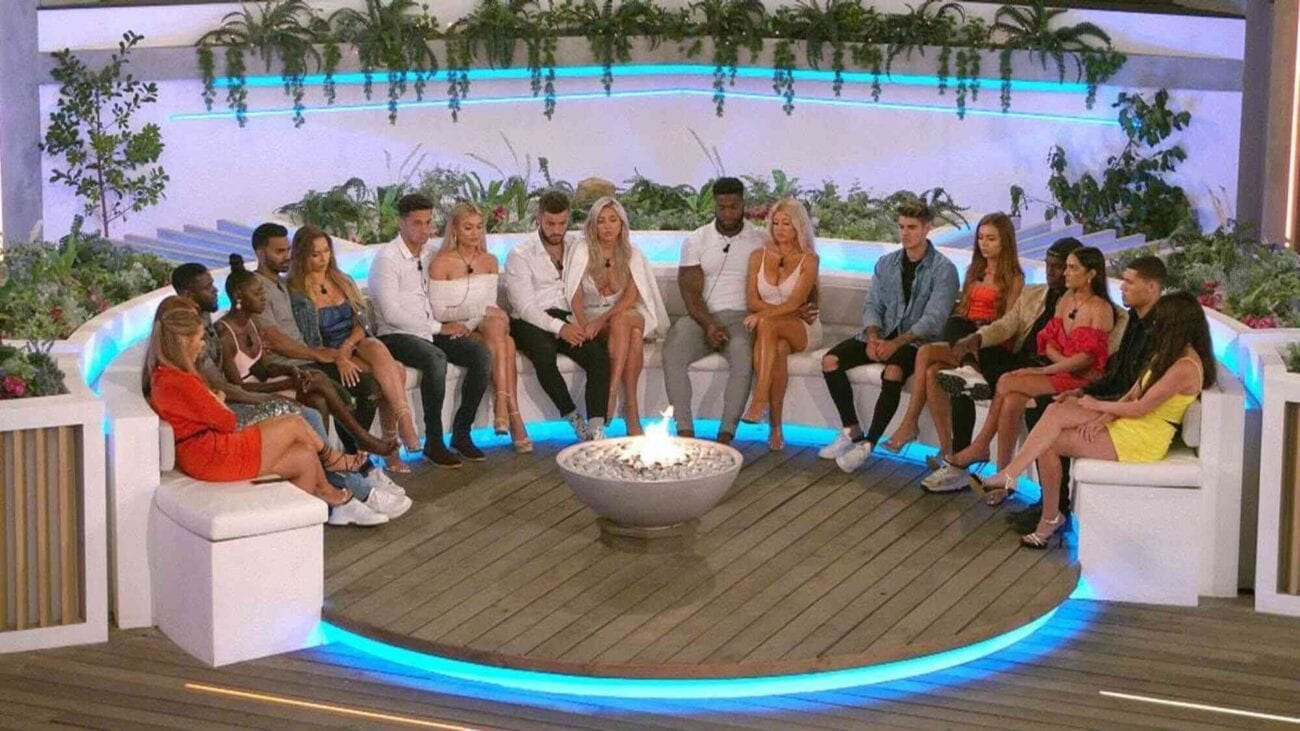 Love to watch reality tv shows after a long day? Discover your new guilty pleasure with our list of favorite reality TV shows!
