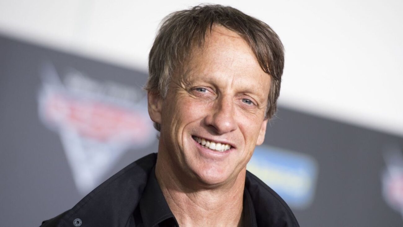 One of Tony Hawk's old fan interactions resurfaced on Twitter. Like any great internet phenomenon, there are plenty of memes. Here are the best ones.