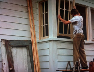 Want to impress your friends? Why not remodel your home after the house from 'The Notebook'? Here's a walkthrough of the most important parts.