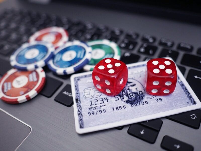 Online casinos are more popular then ever. Here's a rundown of the most popular casino games that you can find online.