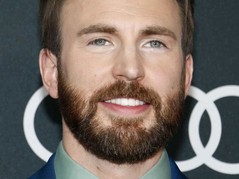 People love Chris Evans movies for a reason. if you've loved him as Captain America then check out these other iconic movies.