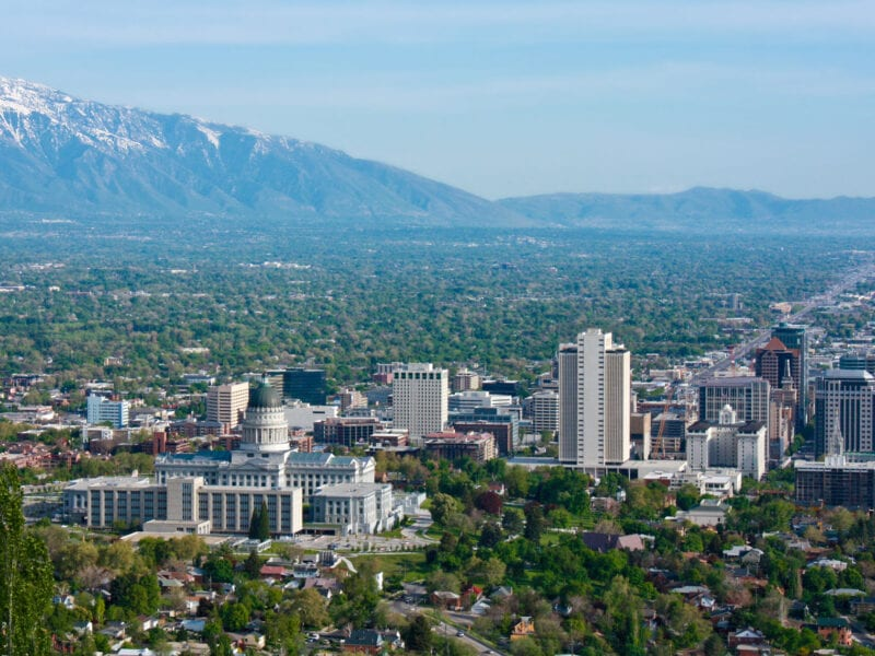 Salt Lake City is a hot spot for moving. Discover the finest professional movers service you can use in SLC.