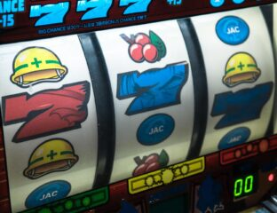 The gaming industry changed a lot with the coming of the current age of online casinos. Read on to learn more about some slot technologies.
