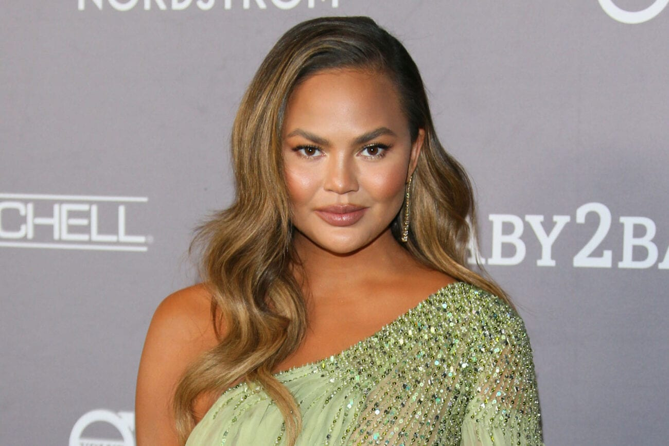 """Chrissy Teigen returns to Twitter almost a month after her retirement. Laugh at these tweets """"celebrating"""" the return."""