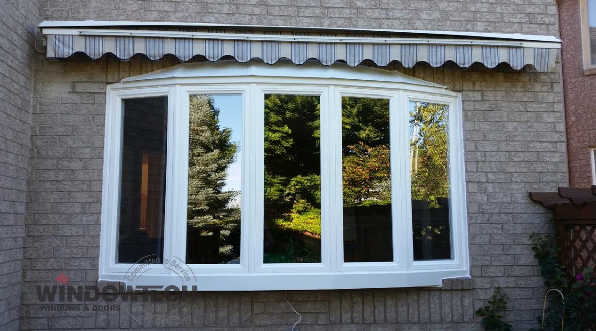 Considering replacing your windows? Here are the reasons why you should consider replacement vinyl windows.