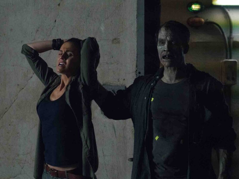Desperate to fulfill your zombie movie craving? Gnaw on some brain with these Netflix zombie movies.