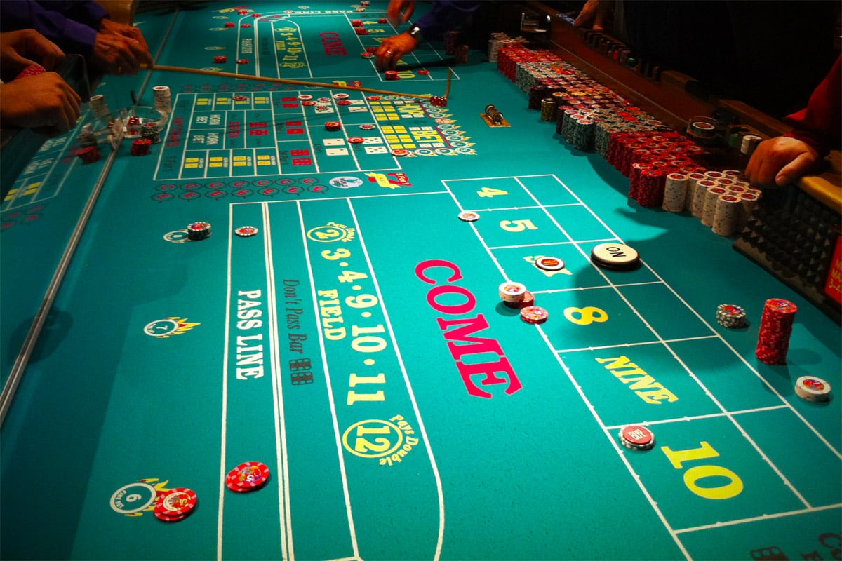 Online craps is getting increasingly popular. Find out how to master your crap skills with this helpful strategy.