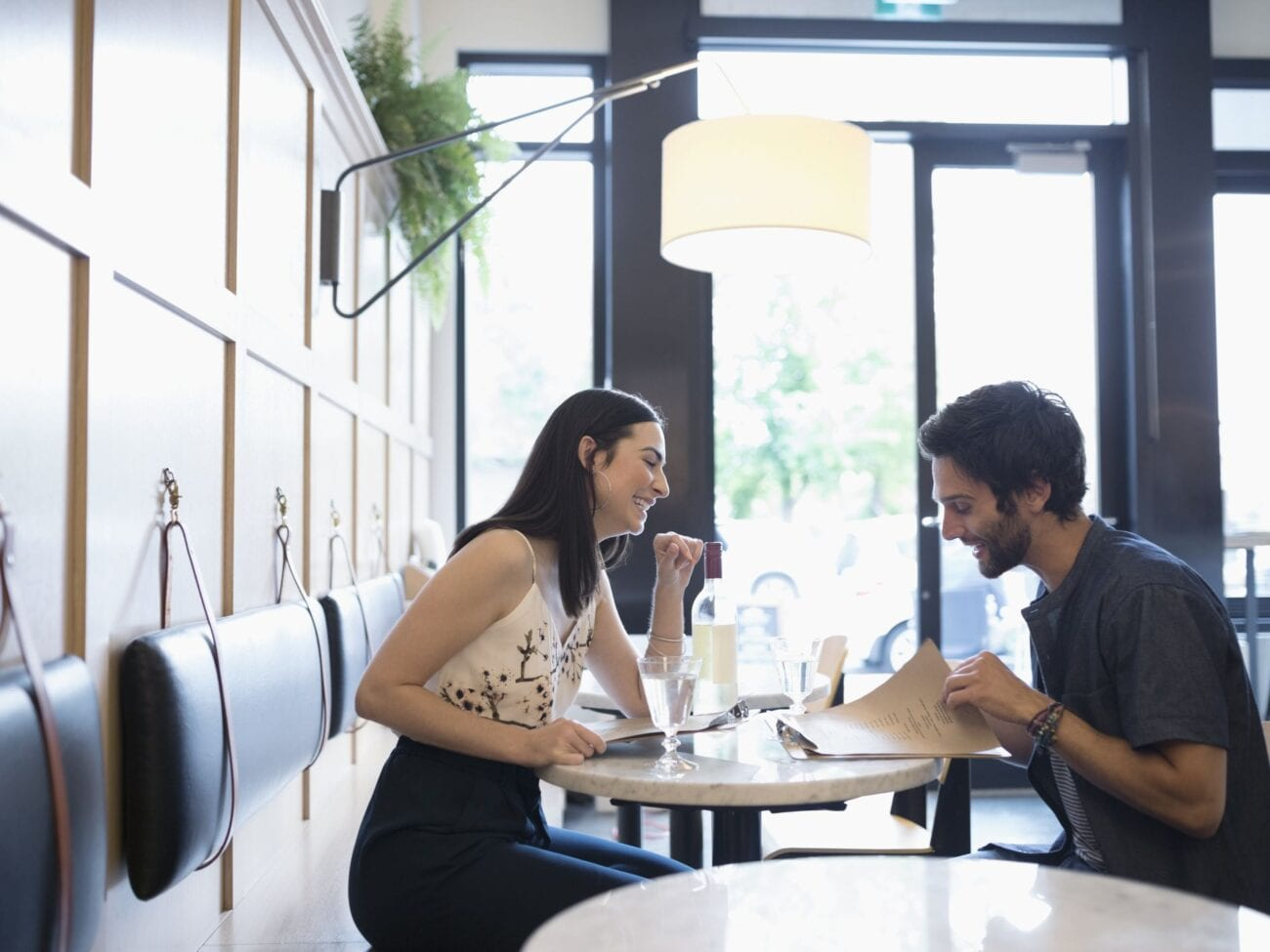 A first date can be daunting. Here are some tips on how to make sure that you're safe during a first date.