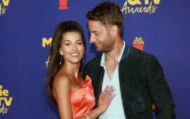 Guess who was spotted wearing wedding rings at the MTV Awards? Dive into Justin Hartley's relationship with Sofia Pernas, who's now his wife!