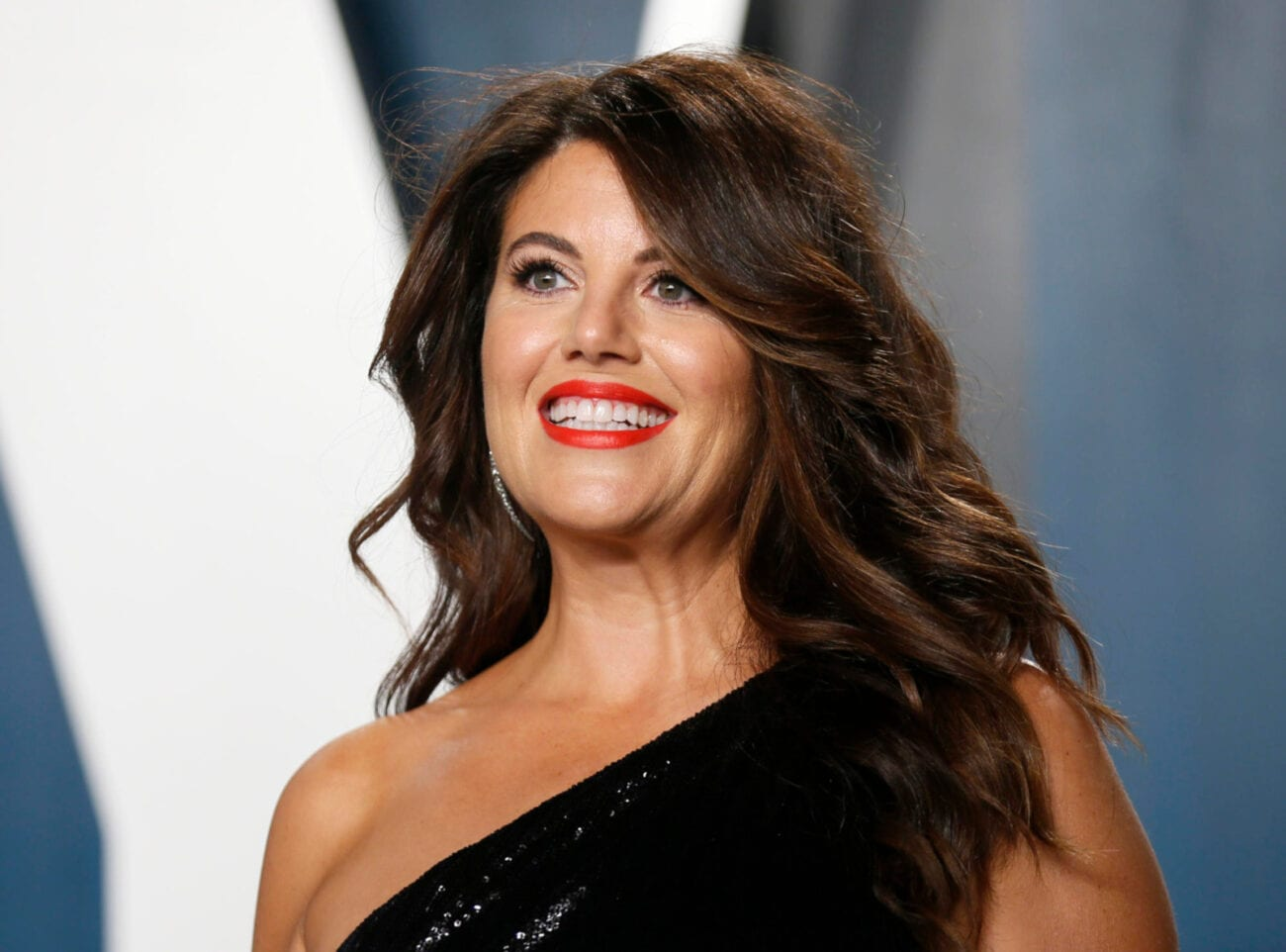 Monica Lewinsky is remembered for the White House scandal that rocked the 1990s. Now, she's rocking Twitter with her sense of humor. Check it out!