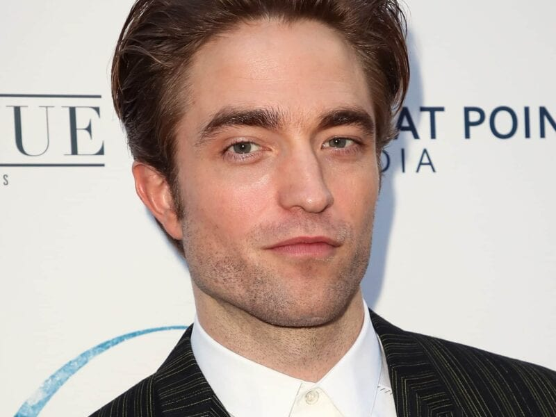 Warner Bros. seems to be doubling down on Robert Pattinson movies following 'The Batman'. Check out the actor's juicy new deal with the studio!