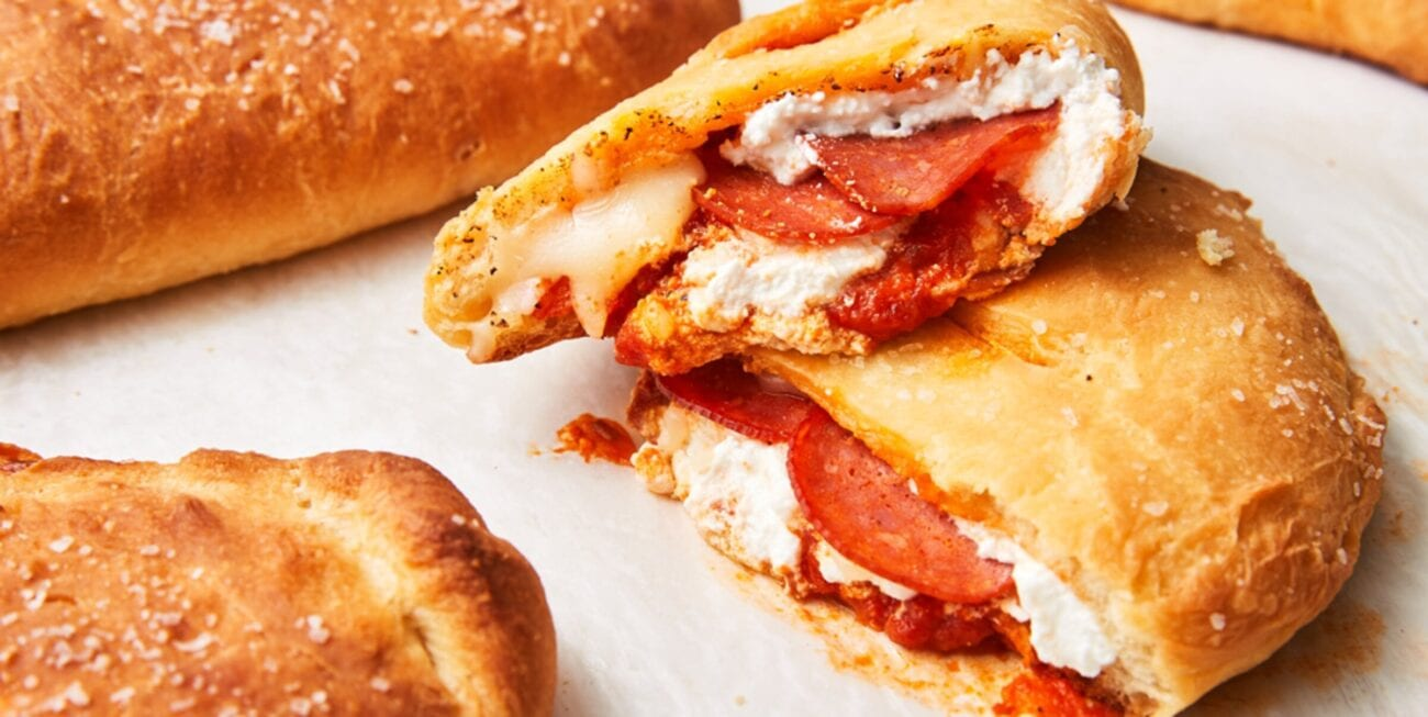 Calzones are amazing. The cheesy, doughy pockets of deliciousness are a classic showstopper and a must have at any pizzeria. Make these amazing recipes now!