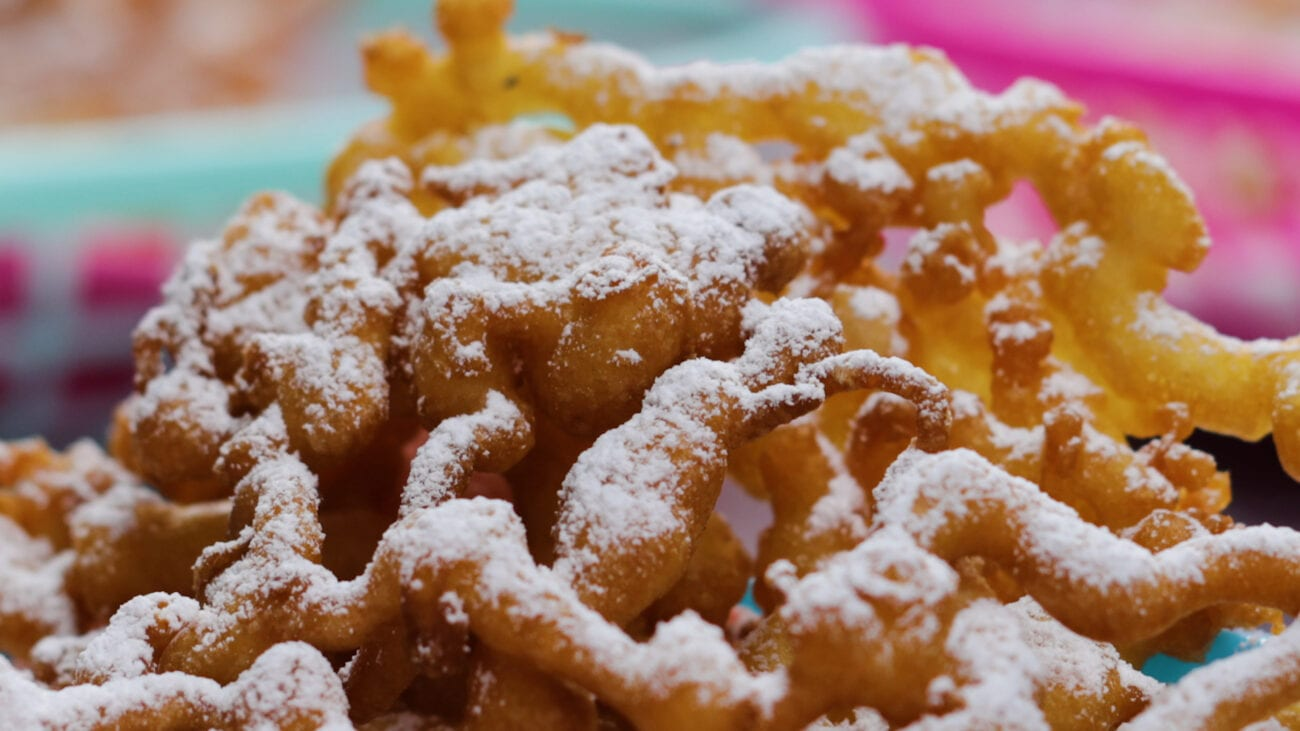 As summer gets closer & closer, we can't help but dream about that delicious, crunchy carnival treat: funnel cakes. Test out these tasty recipes now.