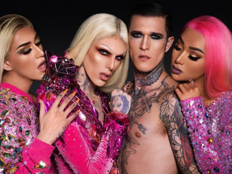 Recently, controversial Jeffree Star was involved in a car crash. Fans only want to know one thing – does he have a new boyfriend?