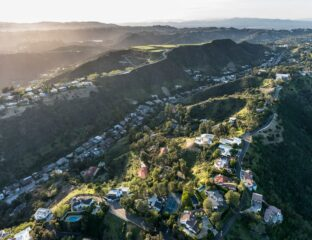 Celebrities have the power & money to live pretty much wherever they want. Step inside these luxury mansions in Los Angeles.