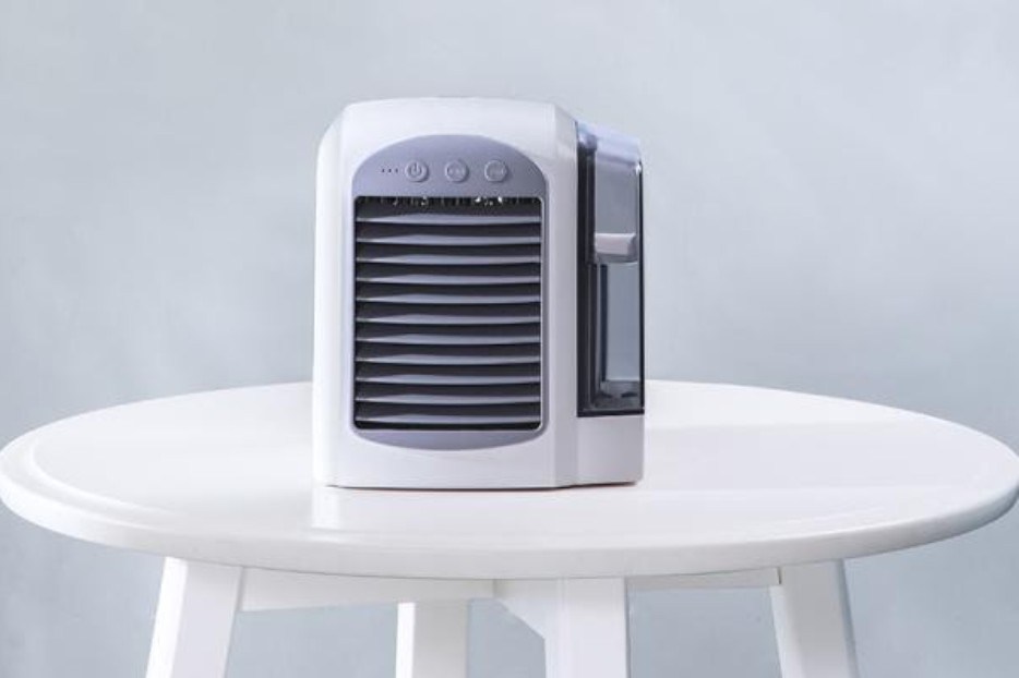 Do you need air conditioning? Find out how whether the Breeze Max AC unit is right for you with these reviews.