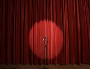 Online comedy is getting more popular than ever. Find out why online comedy is a better alternative to comedy movies.