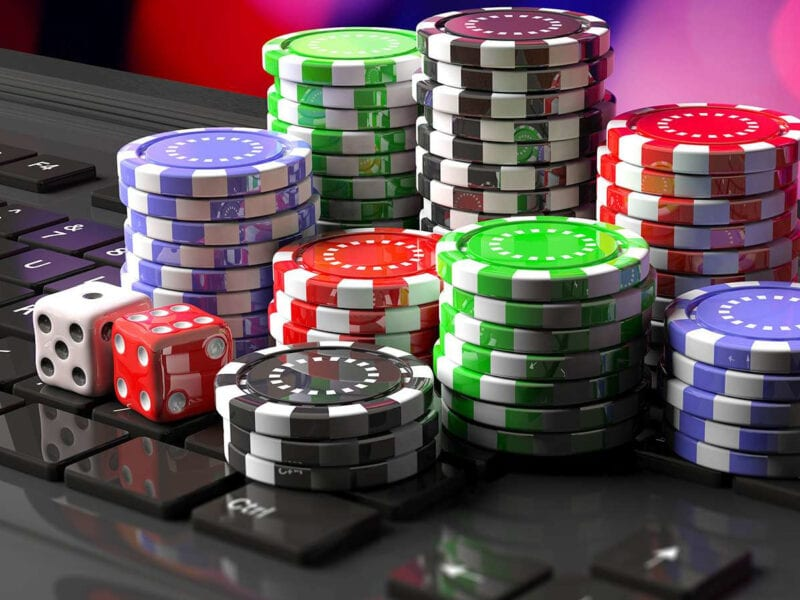 Are you looking for a place to play Baccarat? Try an online casino! Discover where you can play this popular table game anywhere in the world here!