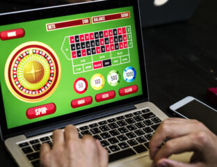 How do you know if an online gaming site is trustworthy? Check our tips and tricks to carefully vet online casinos before you hop in and play!