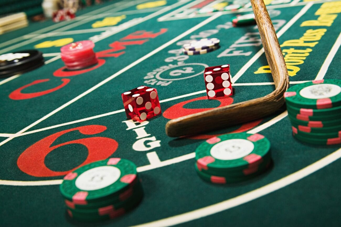 Online gambling has seen a huge boost in recent years thanks to its incorporation in films. See for yourself how the i-gaming business has changed.