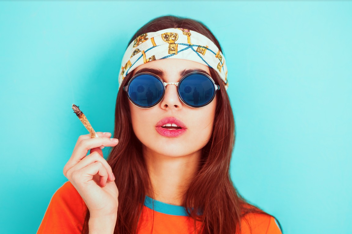 Stoner movies aren't always accurate. Here are some things that the movies get wrong about smoke and cannabis.