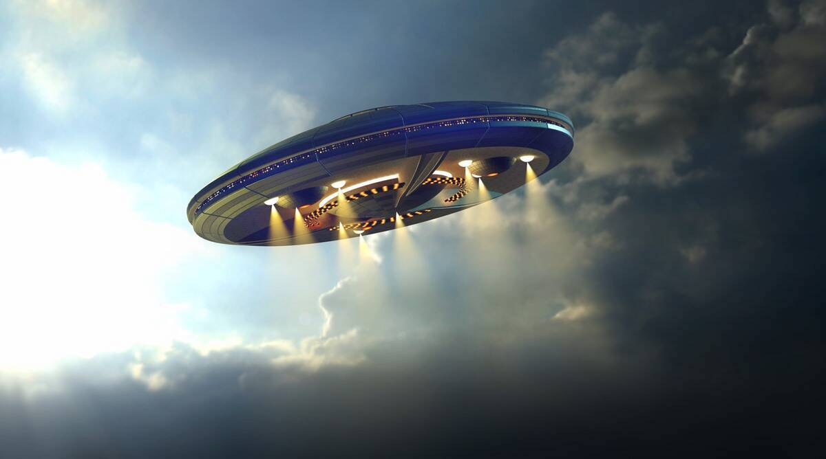 In modern times, people have become so enthralled with UFO culture. Do these images prove that UFOs actually exist?