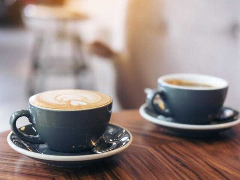 Caffeinated coffee comes with a slew of advantages. Find out how it can help you and why you should consider trying it today.