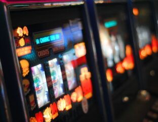 We all love playing slot machines online. Here are some benefits of the best free slots in 2021.