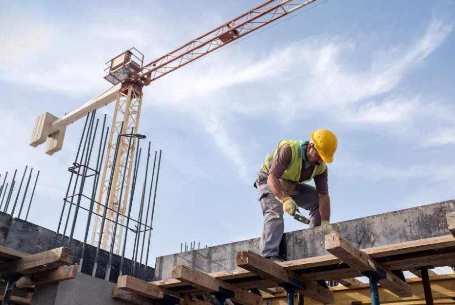 Construction cost estimating is a vital part of the building process. Here are some tips on how to master the process.